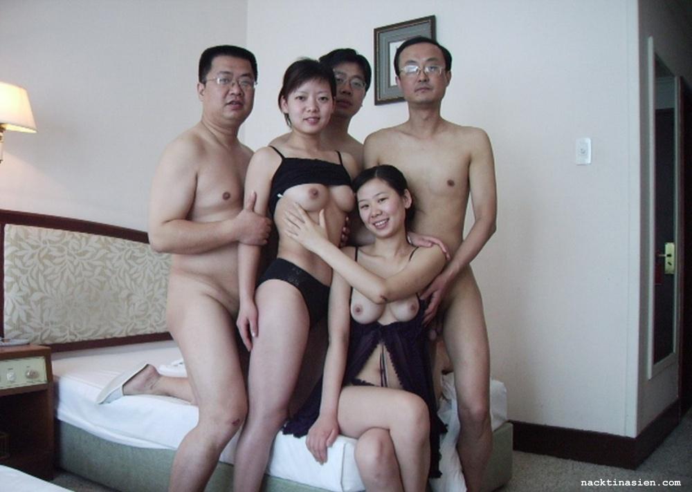 kitayskie-chinovniki-gruppovoy-seks-foto