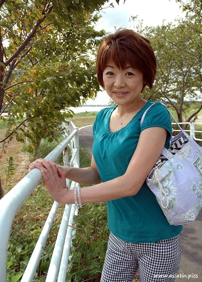 Yuko reife Schlitz Muschi nackt - Asiatin Pics die Bilder