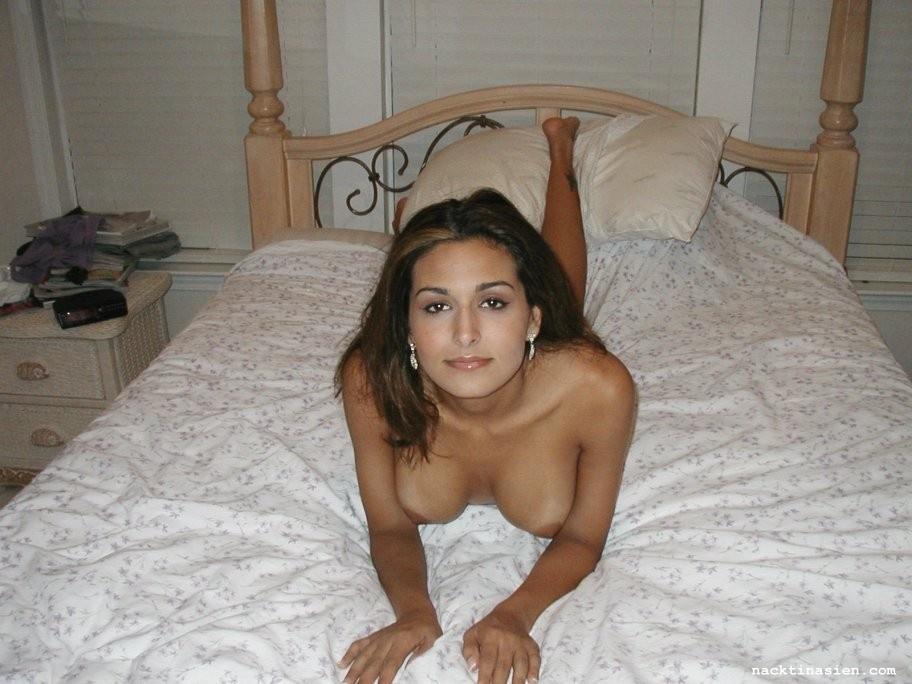 Nackte Tapete aus Pamela