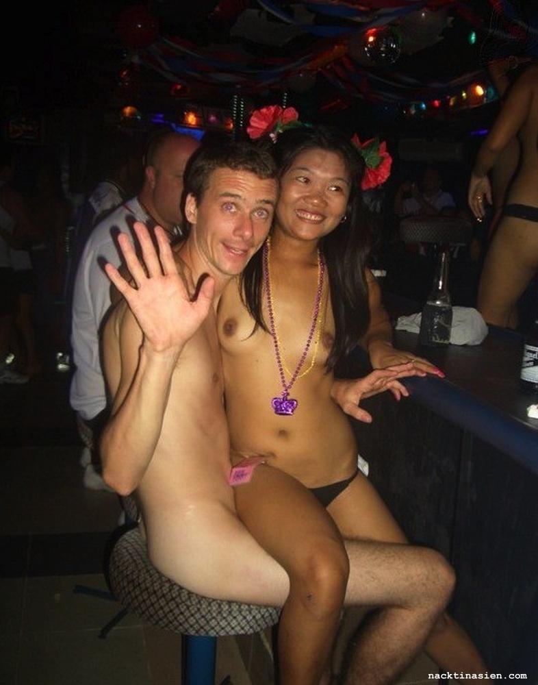 Thai bar girl pics — img 12