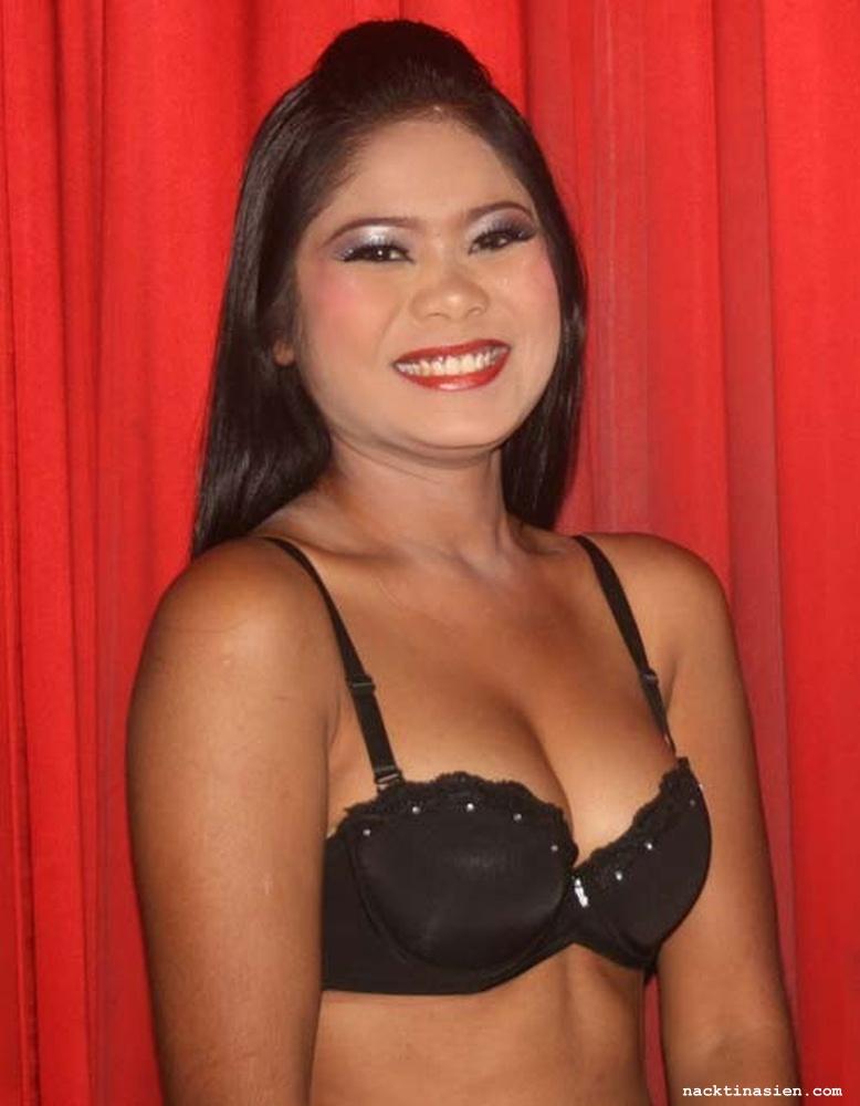 Nackte Thai Bar Mädchen - Nacktbilder von Asiatinnen